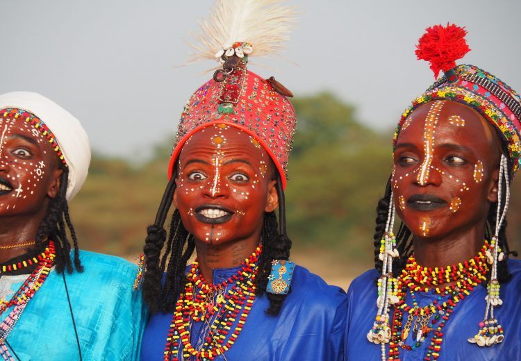 Photography tours of the Gerewol Festival in Chad highlight the beauty of the Wodaabe people