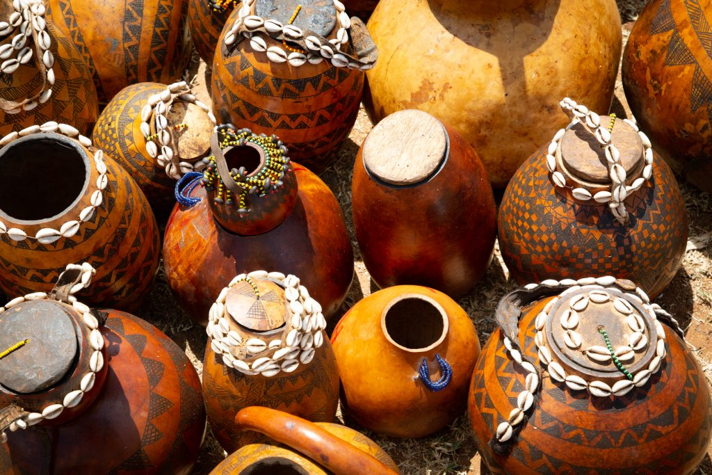 Decorated gourds for sale in the Key Afara weekly market